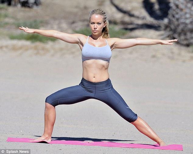 hot yoga lose weight photo - 1